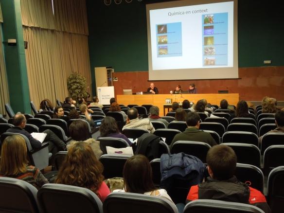 """El Professor Jordi Rull ens ha ofert """"Química en context""""."""